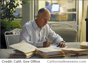 Calif Gov Brown