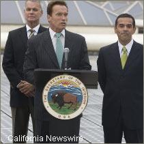 CA gov signs MOU